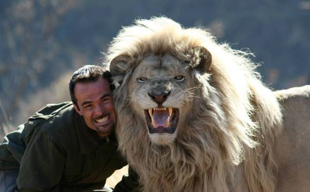 kevin richardson leon